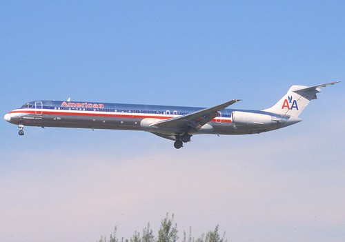 397dt - American Airlines MD-82; N33502@LAX;13.02.2006