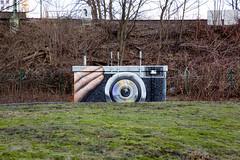 Photofitty (Rasande Tyskar) Tags: hamburg streetart graffiti graffito streetshot street strase photo foto camera kamera mural painting fotoapparat retro art