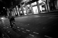 Voyage en Italie 2018   0895 (Distagon12) Tags: italy italia italie sonya7rii summilux street streetphoto strada rue night nuit nightphoto nacht notte noche wideaperture bologna bologne