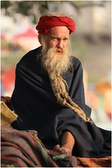 India Travel Photography: Aarti Ceremony, Nada Sadhus & burning Ghats at Varanasi 2019 Benares.045 by Hans Hendriksen (Travel Photography - Reisfotografie) Tags: india travel photography uttar pradesh north noord crowd reisfotografie reisfoto varanasi cremation ghat ghats benares banāras kashi kasi 2019 bad baden bath snan bathing people planet naked naakt naga sadhu saddhu baba nackt hindu hindus hindoe hindoes ganga gangus ganges river rivier march holy heilig sacred ceremony ceremonie religion religie nude dahues babas pelgrims pilgrimage pilgrims bedevaart menigte hindúes sagrado río aarti fire vuurceremonie burning manikarni manikarnika dead reincarnation reincarnatie afterlife
