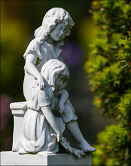Kinder (hans der insulaner) Tags: friedhof grab grabstein kinder borkum