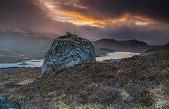 Above Loch Droma. (Gordie Broon.) Tags: lochdroma westerross dirriemore landscape sunset atardecer scotland scenery view schottland paysage scottishhighlands mountains paisaje landschaft ecosse caledonia lecoucherdusoleil escocia moodysky gordiebroonphotography lago lac vista collines colinas erratic winter 2019 tramonto sonnenuntergang heuvels hugeln islands rain alba clouds sky heather scenic scozia szkocja braemorejunction aultguish a835 geotagged nc500 lochdrum bigboulder