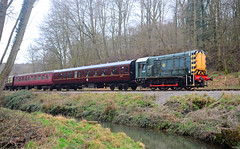Forest Express. (curly42) Tags: d3937 class08 shunter gronk dfr railway preserveddieselloco deanforestrailway