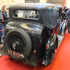 Bentley 4.5 litre Saloon (Mulliner) 1929 (Zappadong) Tags: bentley 45 litre saloon mulliner 1929 techno classica essen 2018 zappadong oldtimer youngtimer auto automobile automobil car coche voiture classic classics oldie oldtimertreffen carshow