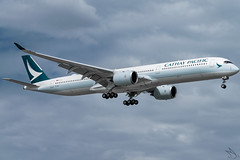 Cathay Pacific - Airbus A350-1041 / B-LXE @ Manila (Miguel Cenon) Tags: cx cxa350 cathaypacific cathay cathaypacifica350 cathaya350 rpll airbus airbusa350 a350 airplane airplanespotting apegroup appgroup airport ppsg planespotting philippines manila nikon naia d3300 rollsroyce rrtrent xwb trentxwb sky fly flying wings twinengine widebody widebodyjet plane clouds window wing twin airbusa35k airbusa3501000 a35k a3501000 blxe
