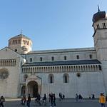 2019-03-29 03-31 Südtirol-Trentino 093 Trient, Piazza del Duomo thumbnail