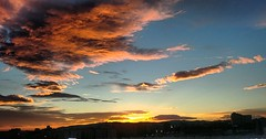 Cel de Barcelona (bertanuri bcn) Tags: barcelona catalunya cat cel nube bcn clouds sky cloud skyline sol sun