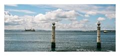 Cais das Colunas, Lisboa (Sr. Cordeiro) Tags: caisdascolunas colunas columns cais pier lisboa lisbon portugal rio tejo tagus river panorâmica panorama panoramic panasonic lumix gx80 gx85 14140mm