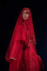 Contemporary Muslim Fashions im MAK- PK-bw_20190403_8449.jpg (Barbara Walzer) Tags: 030419 contemporarymuslimfashions mak museumangewandtekunstfrankfurt