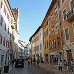 2019-03-29 03-31 Südtirol-Trentino 087 Trient, Via delle Orfane thumbnail