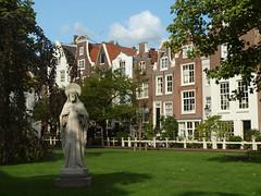 Begijnhof (ExeDave) Tags: p8304434 begijnhof amsterdam