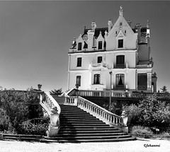 ARGELES SUR MER, Château de Valmy | France (Jehanmi) Tags: iphone blackandwhite noiretblanc bnw bw nb france argelessurmer valmy châteaudevalmy château
