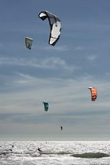 (Rob Millenaar) Tags: southafrica bloubergstrand dolphinbeach kitesurfing