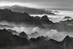 *Hua Mountains @ a journey over the clouds* (Albert Wirtz @ Landscape and Nature Photography) Tags: albertwirtz china huashanmassif huashanmassiv landscape mountains clouds wolken fog mist nebbia laniebla brume bruma brouillard huamountains bw blackandwhite blackwhite schwarzweiss monotone monoton nikon d810 paesaggi campo campagne campagna paysage paisaje spektakulärelandschaft spectacularlandscape nature natura cablecar seilbahn kabinenbahn exploring entdecken wandern hiking highelevation shaanxi huayin albertwirtzlandscapeandnaturephotography albertwirtzphotography huashanmountainrange absoluteblackandwhite