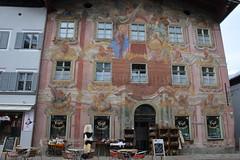 Seefeld 124 (mart.panzer) Tags: seefeld mittenwald village bayern bawaria germany deutschland d paintedhouses lueftlmalerei artisticfacadepainting bawarian frescoes