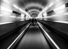 Time tunnel transfer (alexhesse.de) Tags: tunnel hamburg streetphotography streetfotografie streetshot bnw blackwhite blackandwhite monochrome olympuscamera finearts architecture architektur historical building