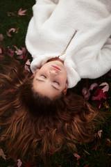 (Rebecca812) Tags: girl fairytale autumn sleep slumber fineart portrait leaves directlyabove grass hair people beauty rebecca812 canon