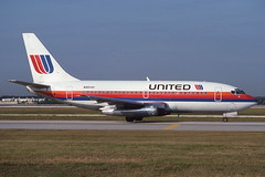 N9014U Orlando 15-11-1991 (Plane Buddy) Tags: n9014u boeing 737 united mco orlando