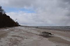 Jurmala : Beach of Dzintari in winter (Christophe Rose) Tags: d5600 nikon lettonie europa europe latvija flickr rosé christopherose christophe latvia winter hiver paysbaltes 2019 jurmala beach plage dzintari banc