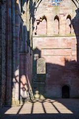 _DSC1416.jpg (Hideous Elf) Tags: abbey chruch detail grave lights melrose melroseabbey shadow stone