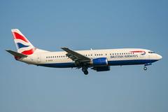 British Airways - Boeing 737-436 G-DOCB @ London Gatwick (Shaun Grist) Tags: gdocb ba britishairways speedbird boeing 737 737400 lgw egkk londongatwick gatwick airport aircraft aviation aeroplanes airline avgeek shaungrist