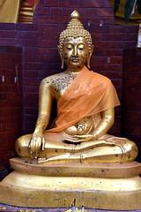Buddha, Bangkok. (Manoo Mistry) Tags: bangkok thailand holiday nikon nikond5500 tamron tamron18270mmzoomlens buddhist buddha buddhism buddhisttemple