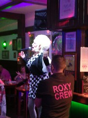 Roxy Risqué (Ian R. Simpson) Tags: roxyrisqué dragqueen dragact dragartist act artist singer drag therumpot pub bar costaadeje tenerife canaryislands spain