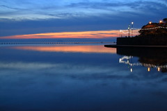 Evening reflection (paulw7od) Tags: sunset reflection water wsm westonsupermare eos canon handheld somerset