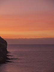 Dawn sky, Taurito (Tony Buckley) Tags: taurito dawn sun sunrise red sea grancanaria olympus e520