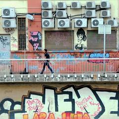 into this mess (gicol) Tags: graffiti writers scritte murale climatizzatori airconditiners scambiatori exchangers condenser condensatori mess casino disordine urban colore cammina andando walking kualalumpur malaysia malesia