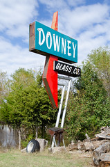 Downey Glass Co. (dangr.dave) Tags: chickasha musclecarranch ok oklahoma architecture downtown historic neon neonsign downeyglassco downeyglasscompany