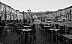 DSC_9738_5085 : Torino - Piazza Vittorio Veneto. (angelo appoloni) Tags: torino piazza vittorio veneto bianco e nero palazzi tavolini dei bar lacittàmetropolitanaditorinovistadavoi