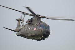 Royal Navy Merlin 3 ZJ998 on a fast, low run (Sarah Ward Aviatrix) Tags: royalnavy merlin zj998 deptforddown helicopter aircraft aviation military flying spta salisbury plain d123