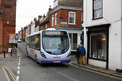 Tight fit at Manningtree (Chris Baines) Tags: first wright streetlite sn56 efc 104 service harwich colchester