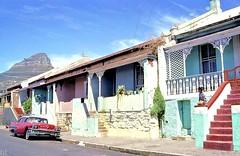 Jordaan Street, Bo-Kaap (HiltonT) Tags: capetown schotschekloof bokaap lionshead bryantstreet