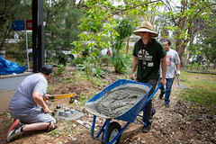 Alternative_Break_20190319_0068 (Sacramento State) Tags: sacramentostate sacstate californiastateuniversitysacramento universitycommunications hornets jessicavernone alternative break spring volunteer community engagement center solar house living building concrete