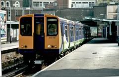 313110 Silvertink Trains. (ManOfYorkshire) Tags: 313110 class313 train railway electric multiple unit emu destination richmond silverlink garish colour thirdrail highbury highburyislington