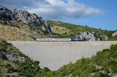 HZ 2044 - Maljkovići (jonathan.christoph) Tags: hz 2044 karst karstrampe kroatien personenzug
