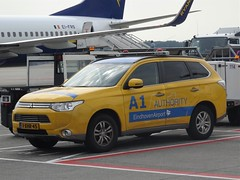 """2014 MItsubishi Outlander PHEV """"Eindhoven Airport"""" (harry_nl) Tags: netherlands nederland 2016 eindhoven mitsubishi outlander airport authority a1 1xhr45 sidecode8"""