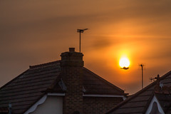 Addlestone sunset (20190409_2) (Graham Dash) Tags: addlestone sunsets sunsetsaddlestone