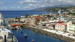 P1000630a (oberbayer) Tags: dominica roseau cruising schiff harbor himmel wasser meer