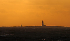 Lady Isle lighthouse at sunset seen from Troon during Storm Erik (cmax211) Tags: lady isle lighthouse troon ayrshire scotland clyde sundown storm erik 2019