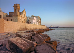 Monopoli, Italy. (wojszyca) Tags: fuji gsw680iii 6x8 120 mediumformat fujinon sw 65mm kodak ektar 100 epson v800 historic city port medieval wall sea ship harbour monopoli italy