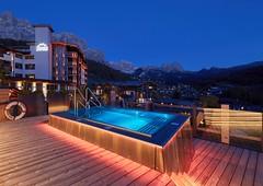 Hofer Group gehört zur TOP 10 des bsw-Awards 2018 in der Kategorie Whirlpools. (Bundesverband Schwimmbad & Wellness) Tags: bswaward bundesverband schwimmbad welnness top 10 schwimmbäder pool pools