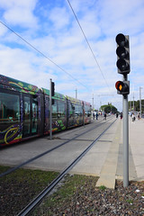 Look Away and at the Signal... (Last Border of the Picture) Tags: tram tramway ligne alstom 3 citadis 402 tam marine rail way railway boirargues lattes hérault languedoc occitanie france europe station signal losange orange passage away people gens cross go line sky ciel bleu blue cloud nuage blanc white herbe grass caillou stone pierre poteau post livrée livery road path trajectoire ombre dark shadow sombre montpellier agglomération métropole méditerranée transit transport transportation