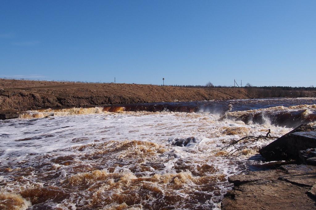 фото: Tosna waterfall