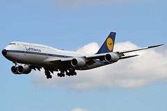 """Köln - Cologne"" Lufthansa D-ABYT Boeing 747-830 cn/37844-1513 Painted in 1970's retro livery @ EDDF / FRA 01-05-2018 (Nabil Molinari Photography) Tags: kölncologne lufthansa dabyt boeing 747830 cn378441513 painted 1970s retro livery eddf fra 01052018"