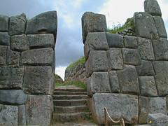 P1010125_gmp (sapa_inka) Tags: peru peruvian peuanisch inka sapainka inkafestung festung cusco cuzco anden ruine architektur erdbeben erdbebenfest türe saqsaywaman sacsayhuaman