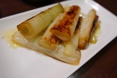 ネギ green onion (HAMACHI!) Tags: tokyo 2019 japan food foodporn foodie foodmacro meat beef 肉山 nikuyama kichijoji restaurant diningrestaurant lumix lumixdclx100m2 dclx100m2 green onion greenonion
