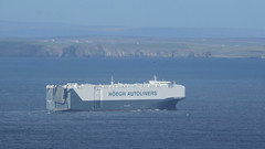 Right Round the Top (ƒliçkrwåy) Tags: hoegh target vessel ship carcarrier dunnet pentland firth sea maritime